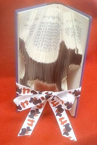 "DIY Book Art ""Scotty Dog"""